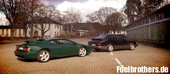 Saab 900 turbo & Lotus Esprit S4