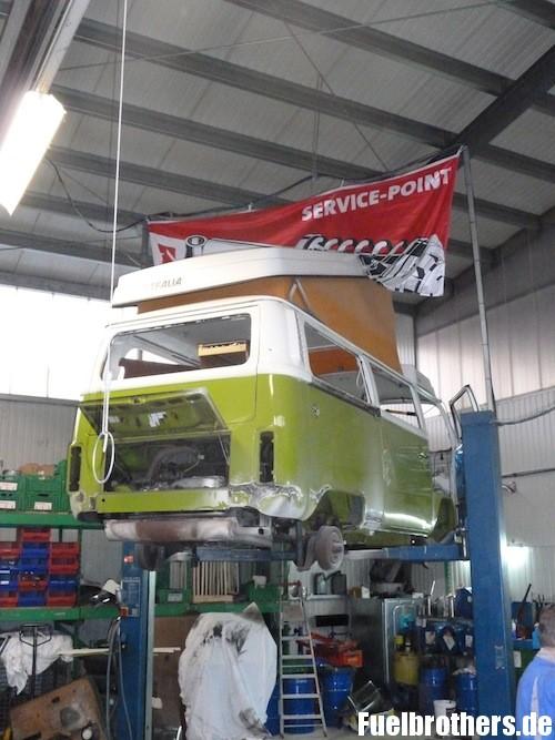 VW T2 Bully Restaurierung repair shop werkstatt