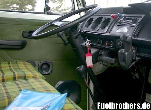 VW T2 Bully Restaurierung Türpappe door mat