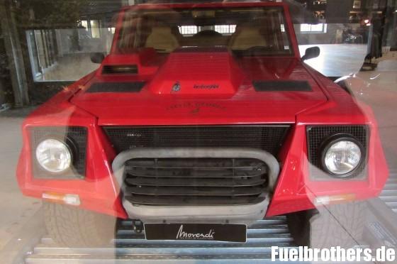 Lamborghini LM 002