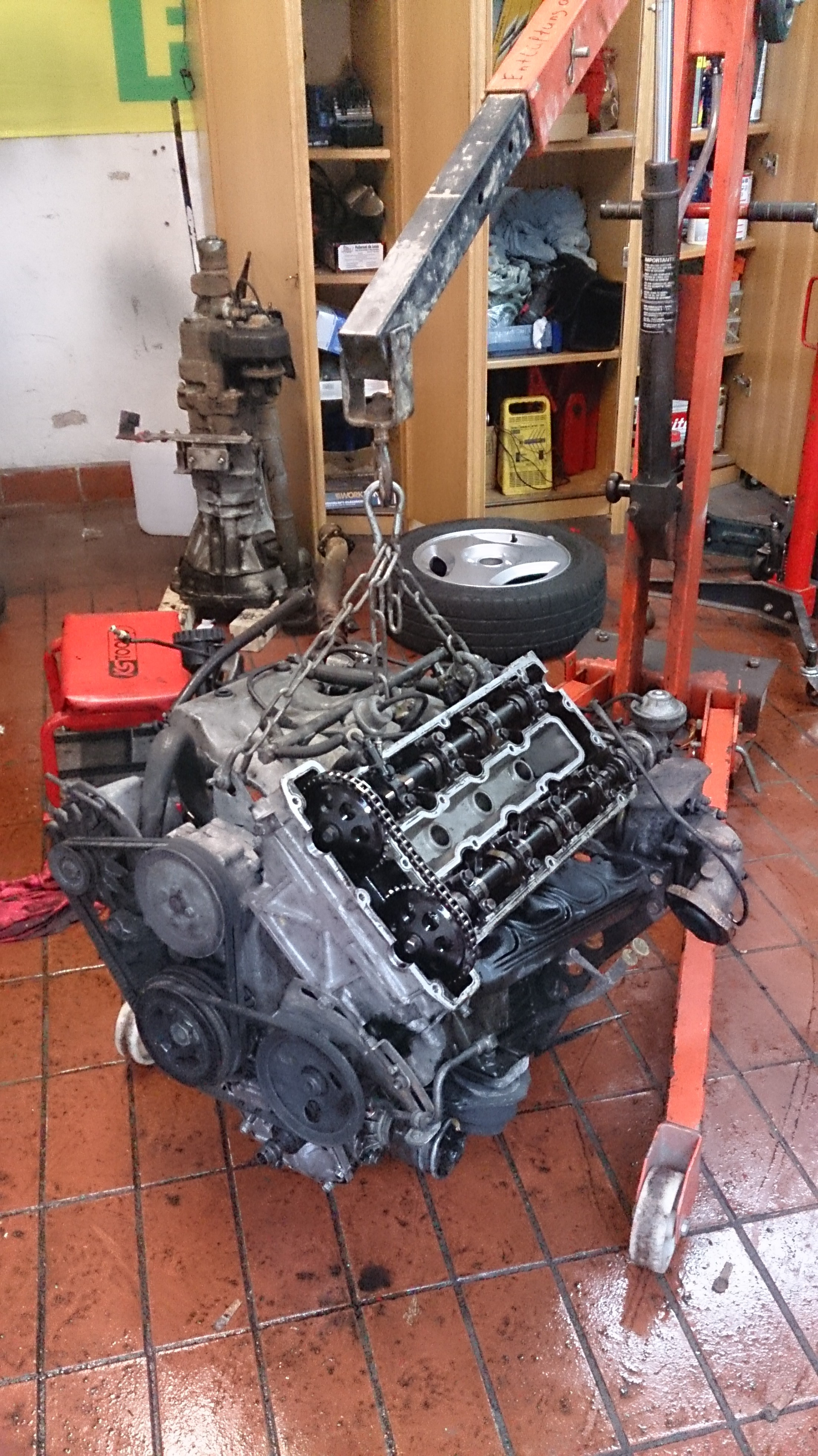 Groß Motor Motorteile Bilder - Schaltplan Serie Circuit Collection ...