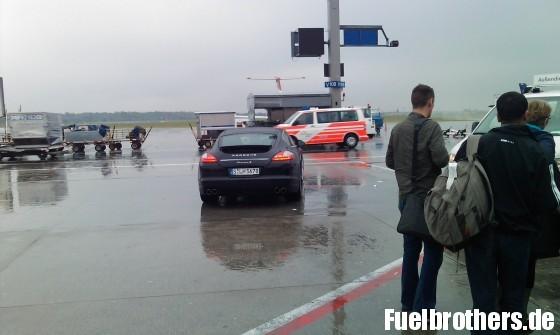 Porsche Panamera am Frankfurter Flughafen