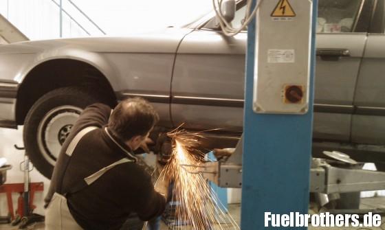 BMW E32 730i Wagenheberaufnahme entrosten